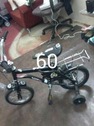 دراجة اطفال كالجديدة من عمر سنه حتى ثلاث سنوات للبيع