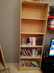 مكتبتين كتب للبيع