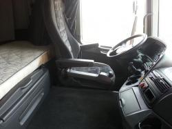 » شاحنة اكتروس 2005 حجم 1844 بها ليقر حاويات