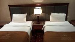 غرفة نوم سريرين كاملة
