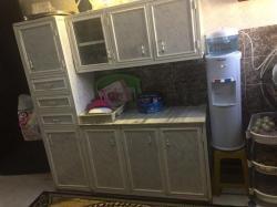 مطبخ الوميتال بحالة نظيفة
