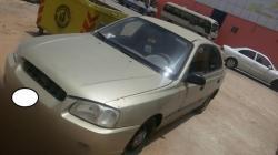 سيارة هيونداي ذهبي للبيع 2002