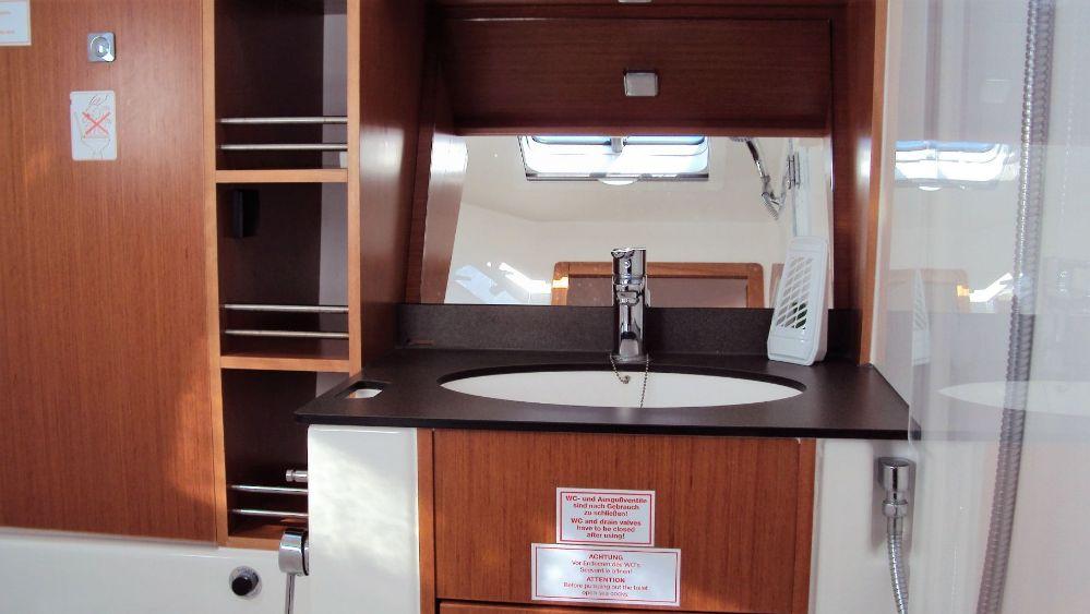 Bavaria Cruiser 41, Dolce