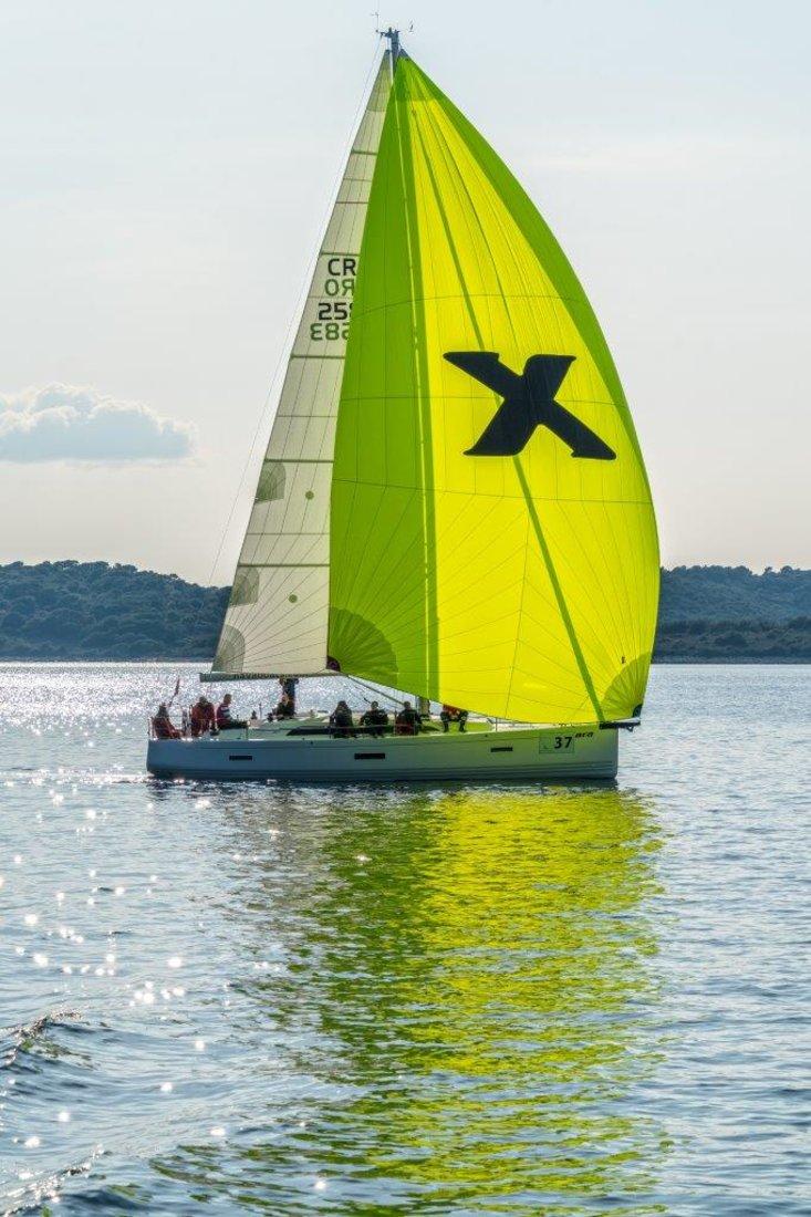 x-Yacht X4³ - Xara