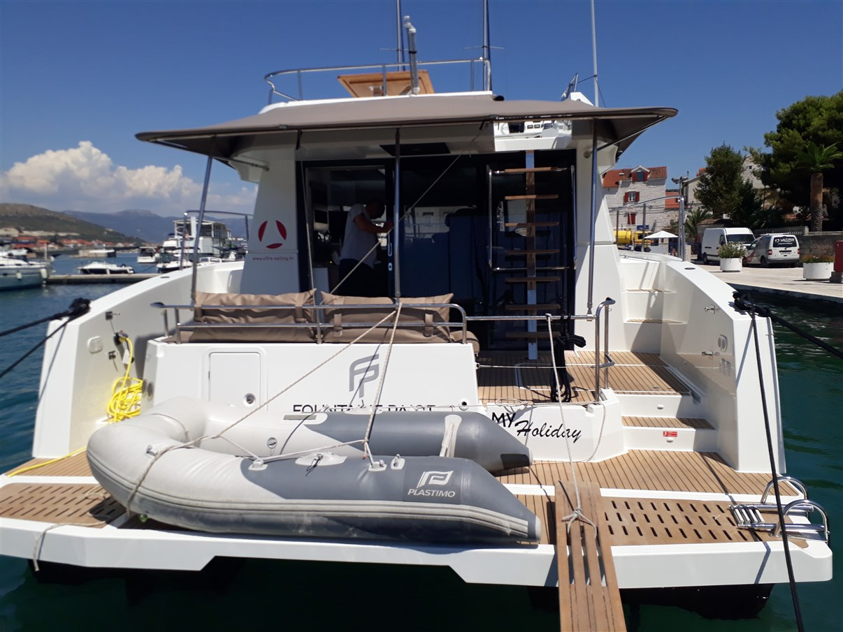 Fountaine Pajot MY 37 - 3 cab. - MY holiday with AC and generator