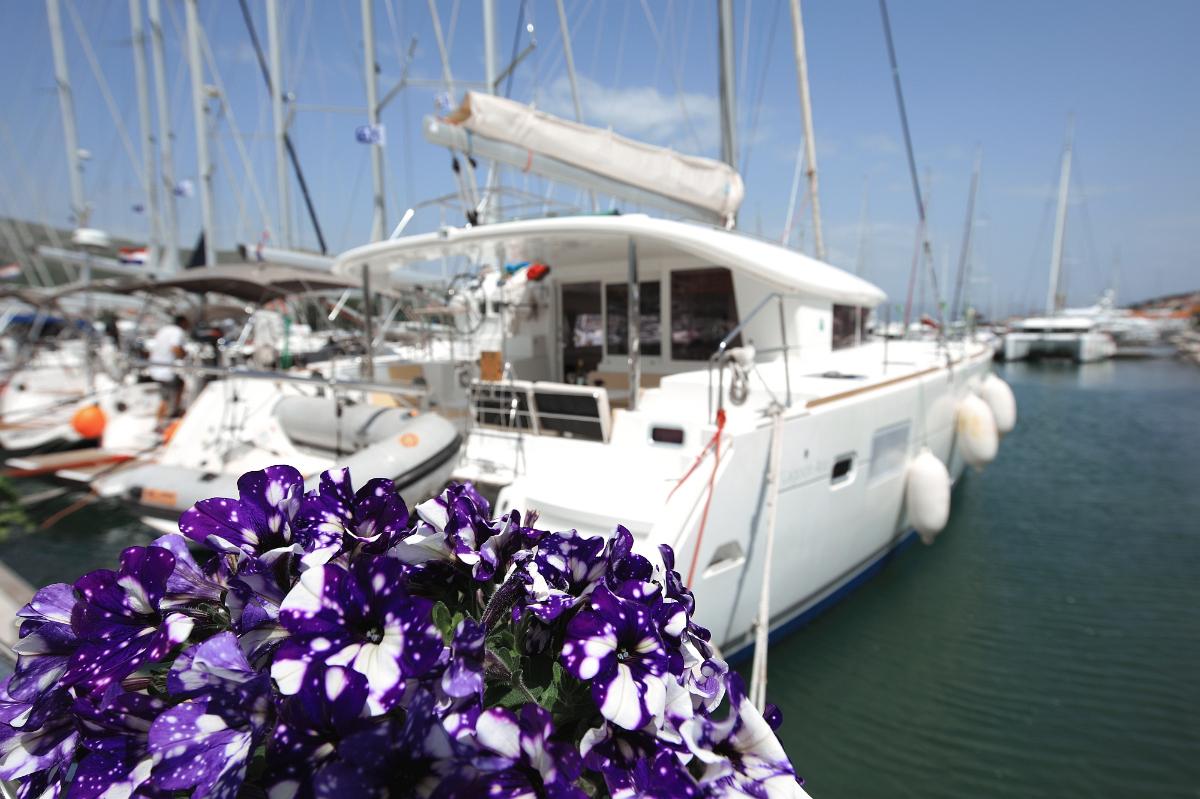 Lagoon 400 - 4 + 2 cab. (2012) - Marina Trogir - SCT
