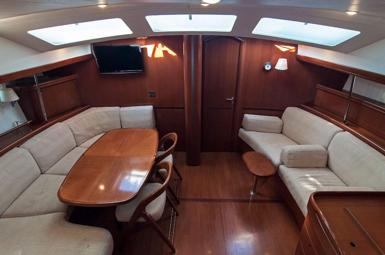 https://ws.nausys.com/rest/yacht/1061727/pictures/p7.jpeg