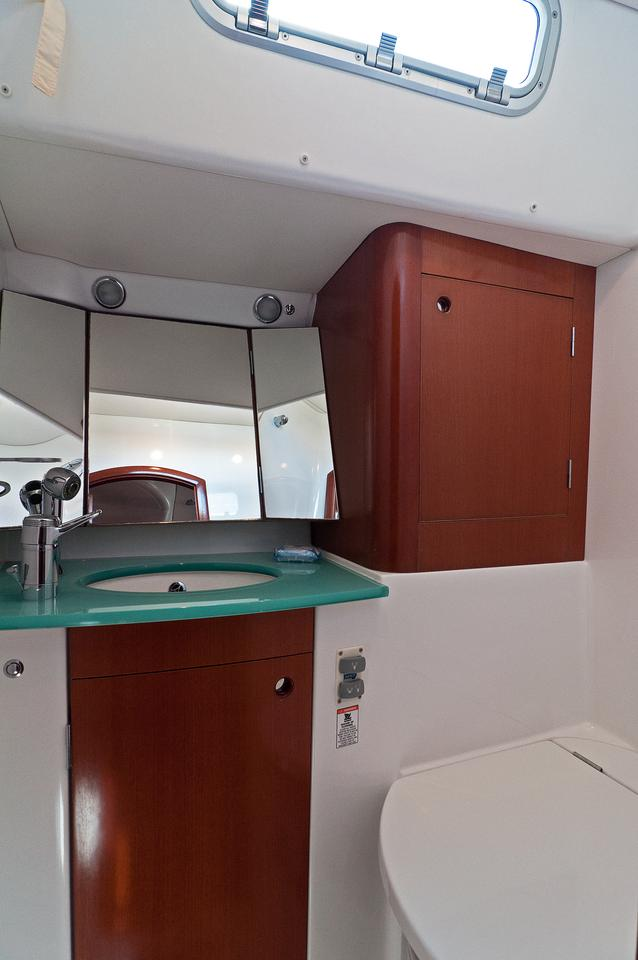 https://ws.nausys.com/rest/yacht/1061727/pictures/w3.jpg