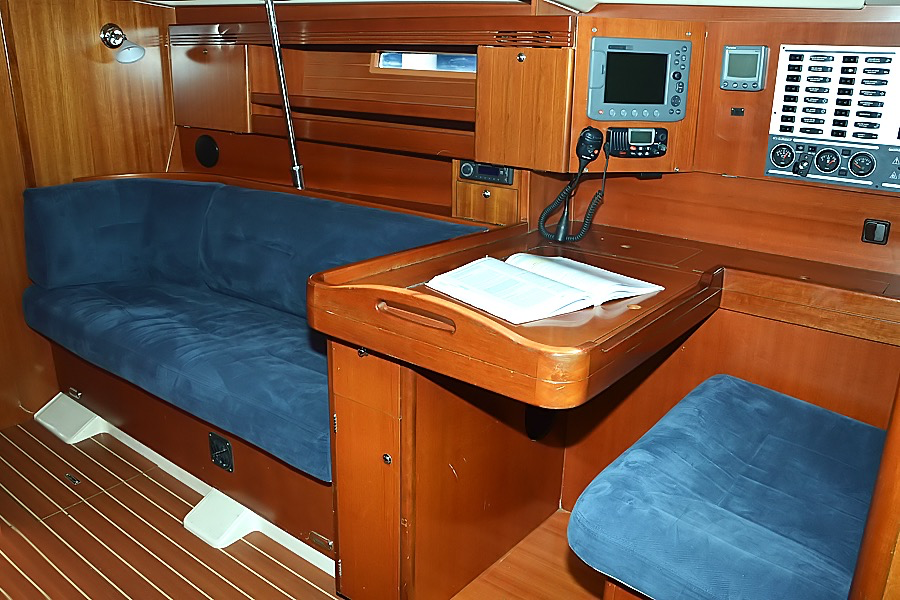 https://ws.nausys.com/rest/yacht/1061734/pictures/p1.png