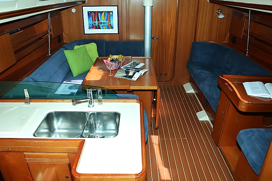 https://ws.nausys.com/rest/yacht/1061734/pictures/p3.png