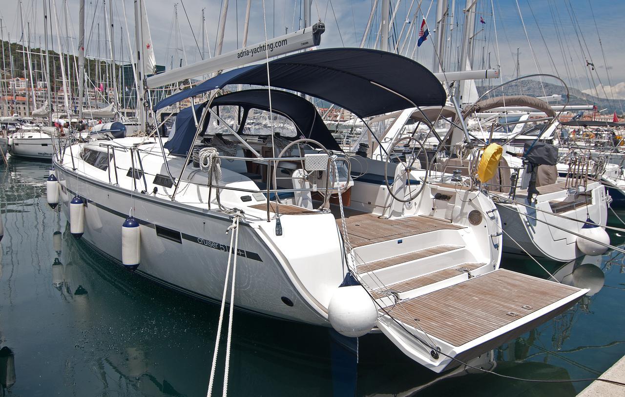 https://ws.nausys.com/CBMS-external/rest/yacht/1070216/pictures/n1.jpg