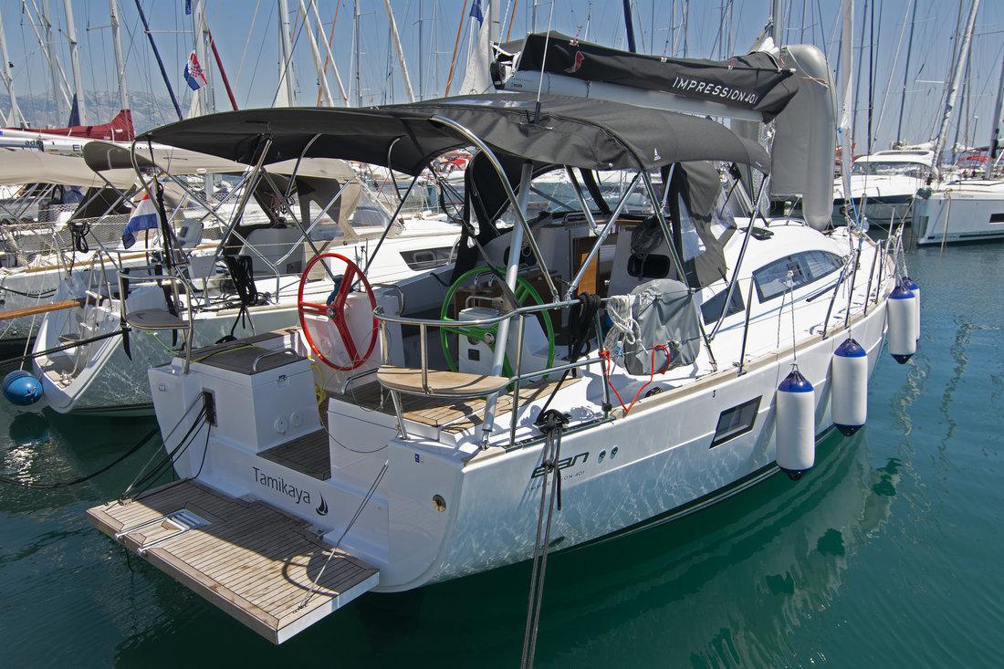 https://ws.nausys.com/CBMS-external/rest/yacht/11328394/pictures/n1.jpg
