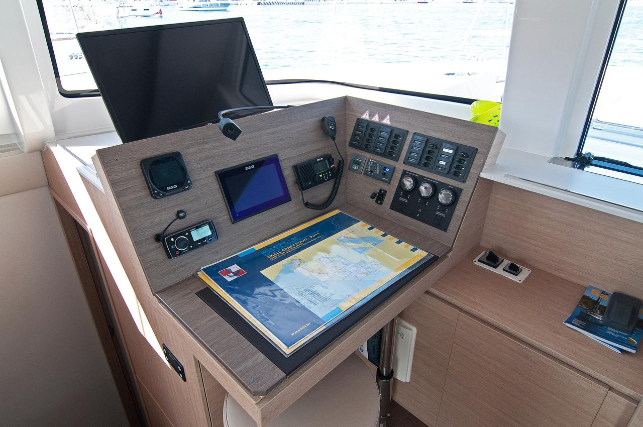 https://ws.nausys.com/CBMS-external/rest/yacht/1355599/pictures/o1.jpg