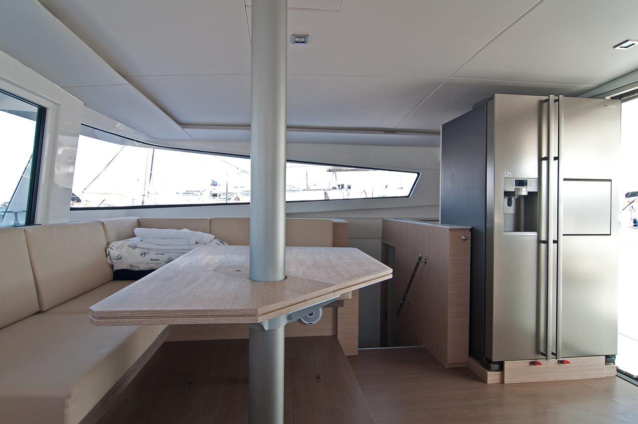 https://ws.nausys.com/CBMS-external/rest/yacht/1355599/pictures/p2.jpg