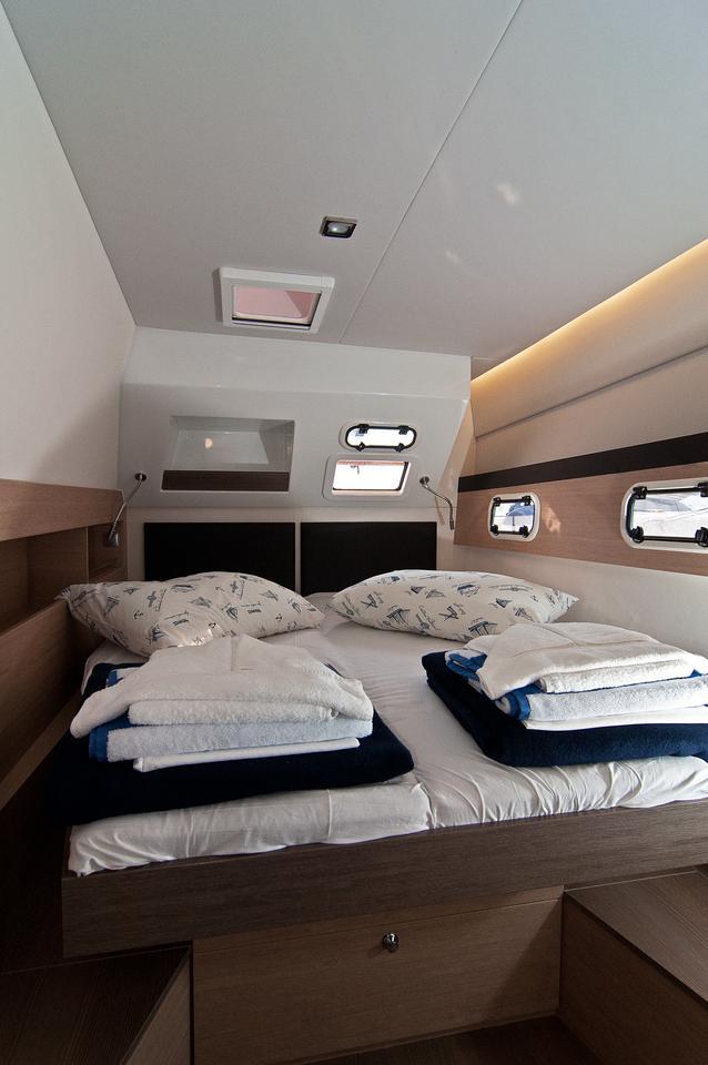 https://ws.nausys.com/CBMS-external/rest/yacht/1355599/pictures/s5.jpg