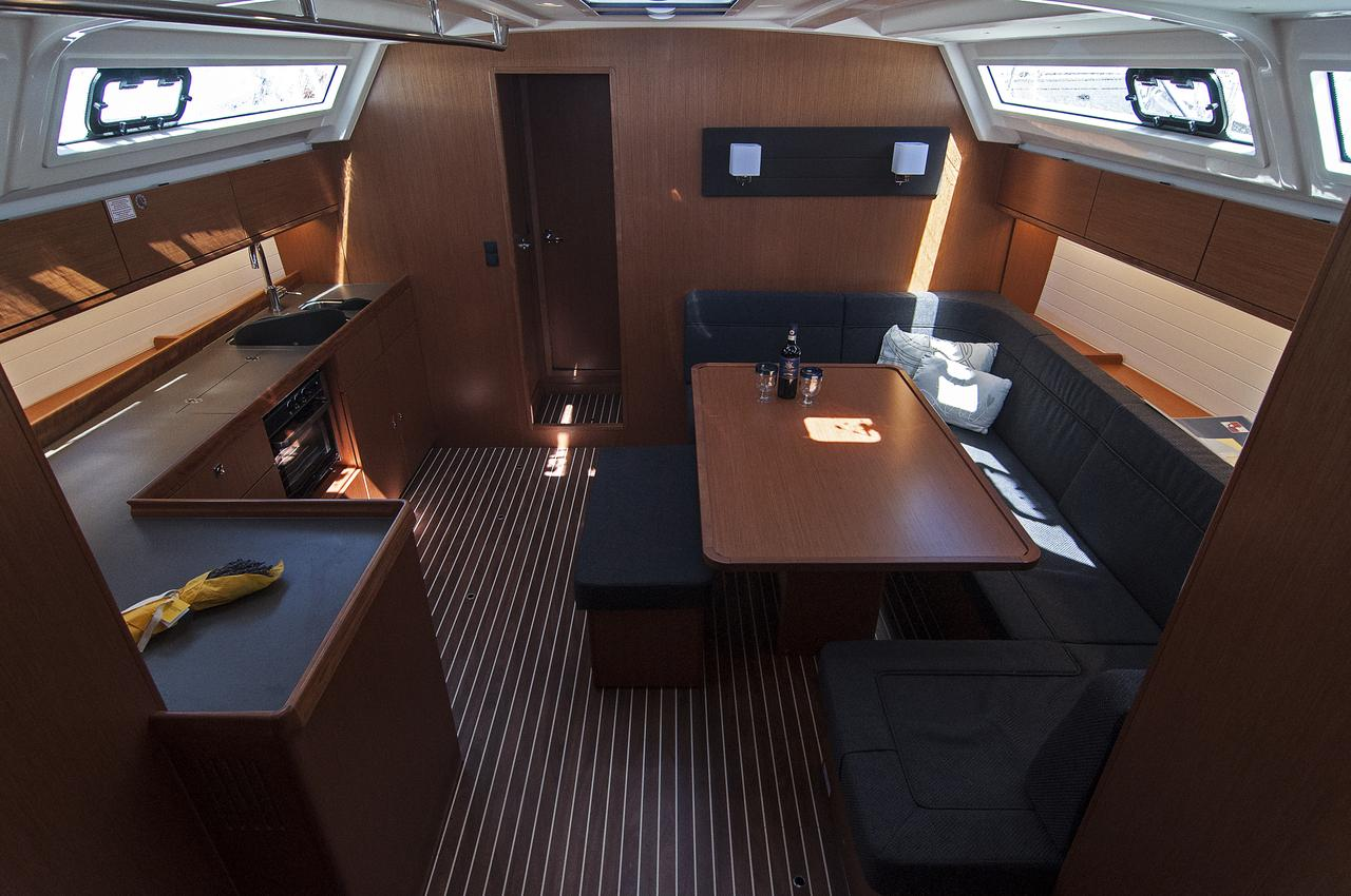 http://ws.nausys.com/rest/yacht/1364176/pictures/p.jpg