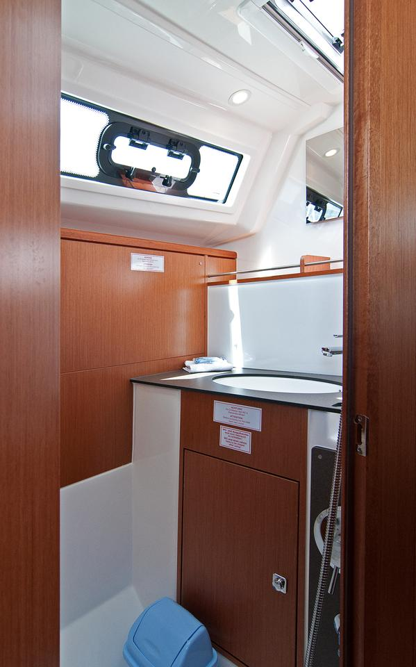 http://ws.nausys.com/rest/yacht/1364186/pictures/w.jpg