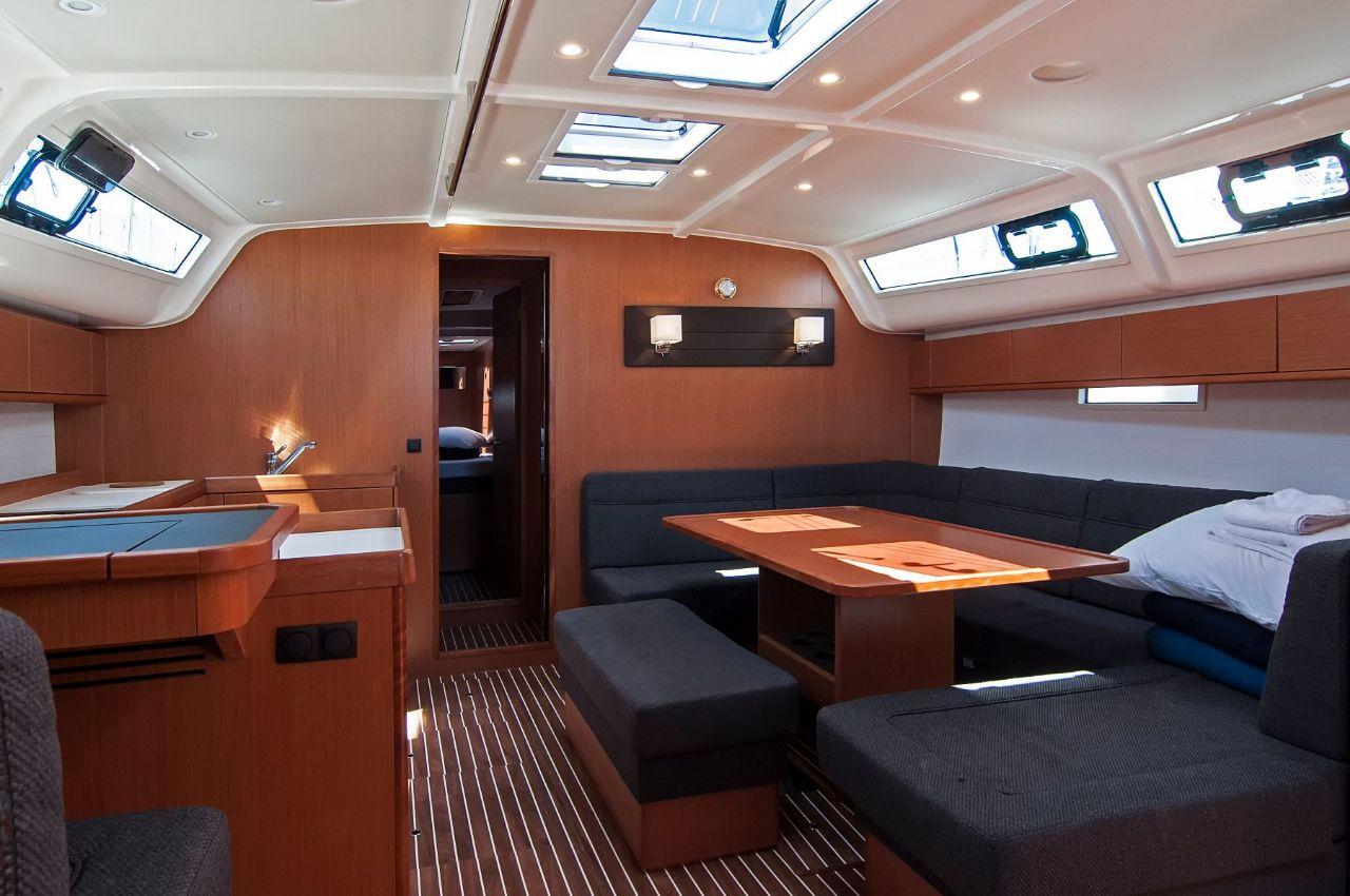 https://ws.nausys.com/rest/yacht/4312546/pictures/p.jpeg