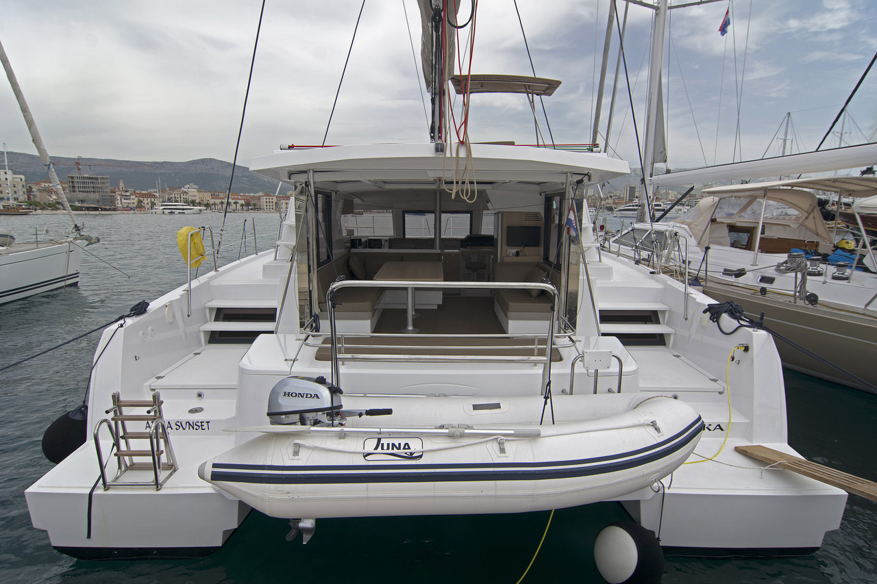 https://ws.nausys.com/CBMS-external/rest/yacht/8030797/pictures/n.jpg