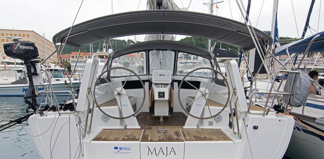 https://ws.nausys.com/CBMS-external/rest/yacht/8366865/pictures/n.jpg