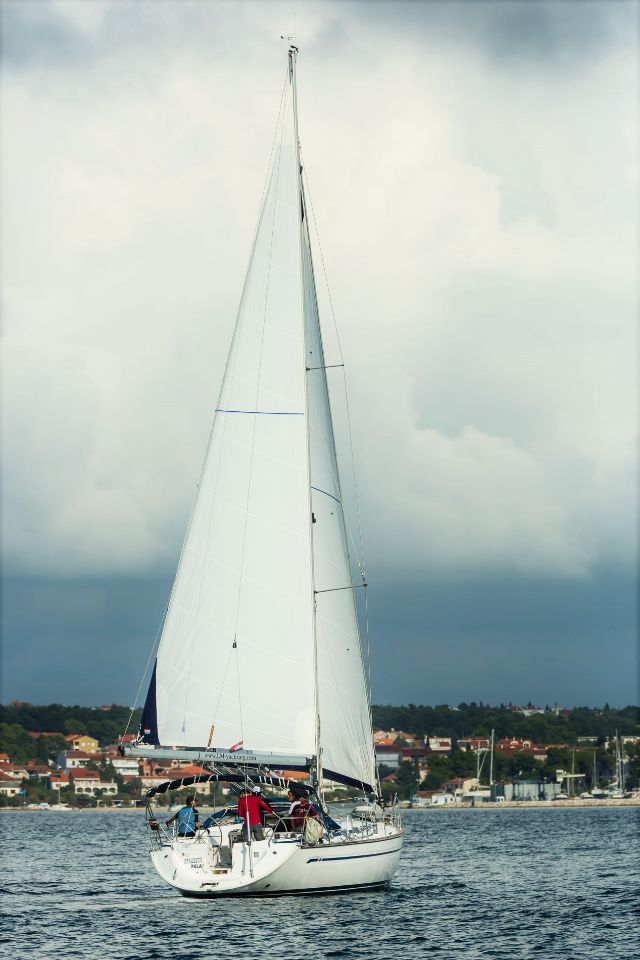 Bavaria 44, Afrodita