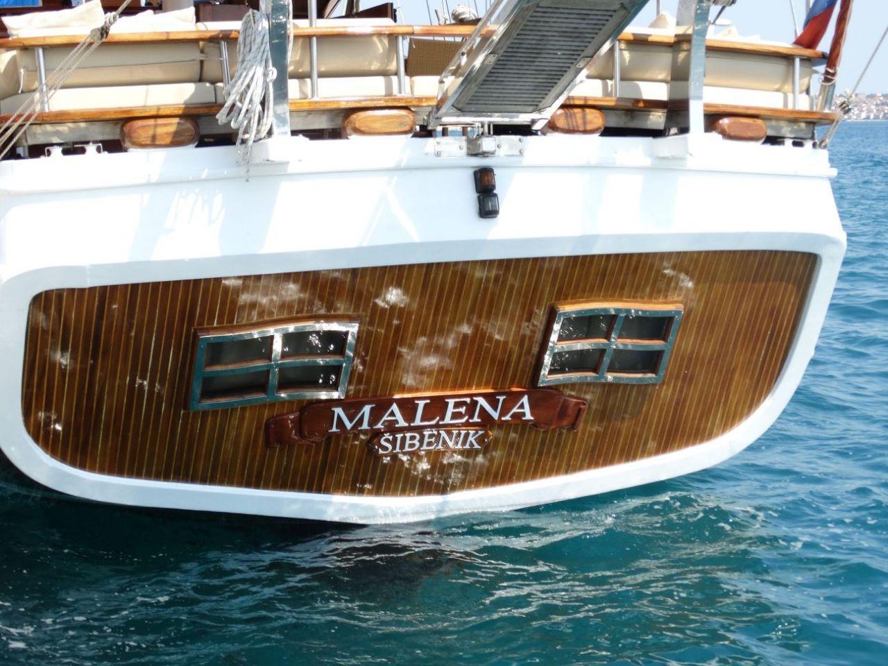 Malena, Malena
