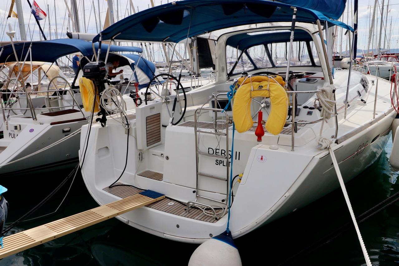 Yacht Debs II- A/C, GEN