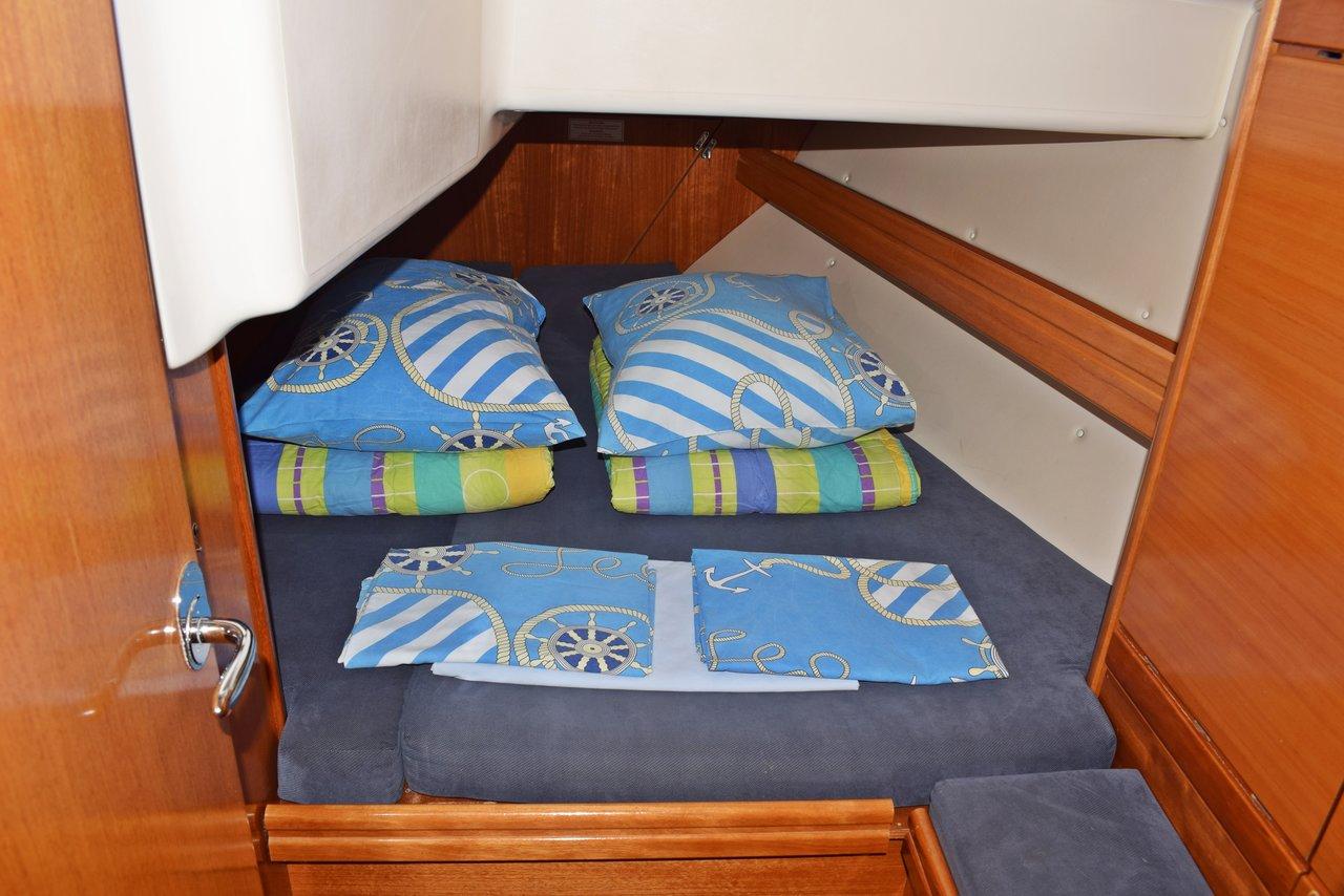 Bavaria 37 Cruiser,