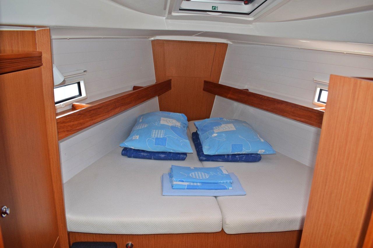 Bavaria Cruiser 36,