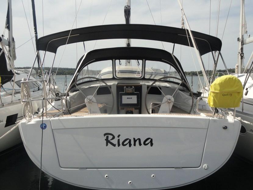 Hanse 385 - Riana
