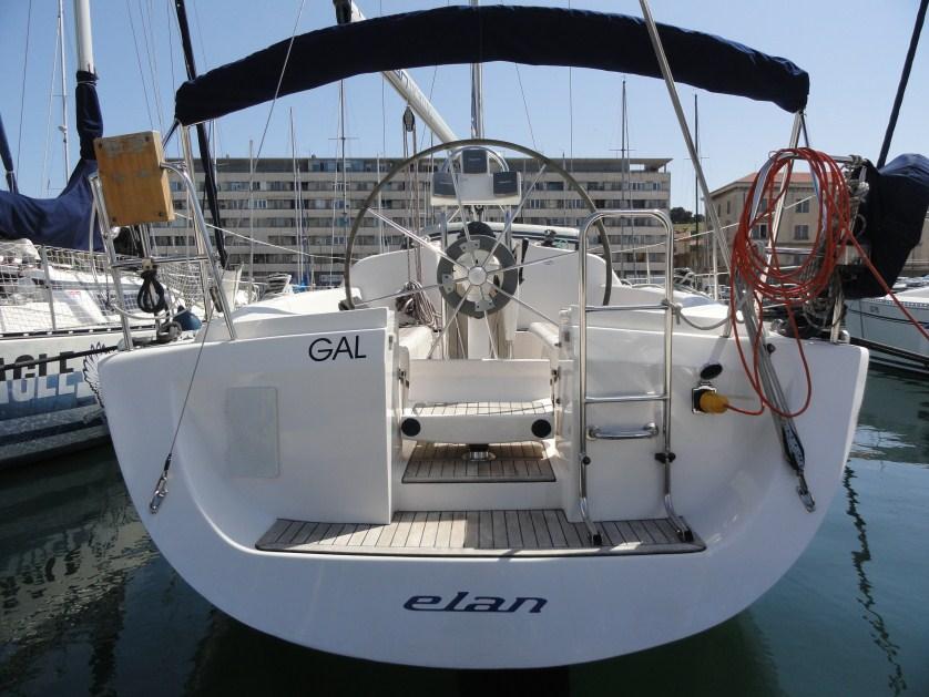 Elan 333, Gal
