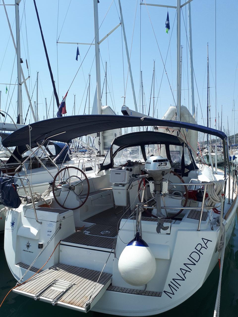Sun Odyssey 439, Minandra