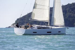 Dufour 390 GL - Reful Yachting