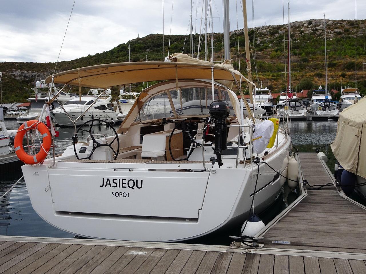 Dufour 412 GL - JASIEQU