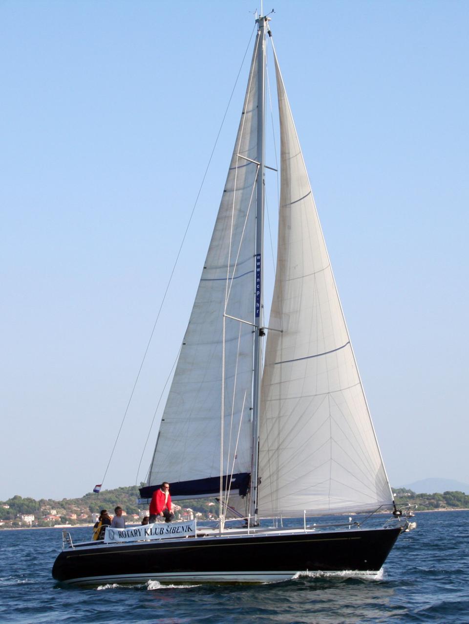 Grand Soleil 46.3, Anatela