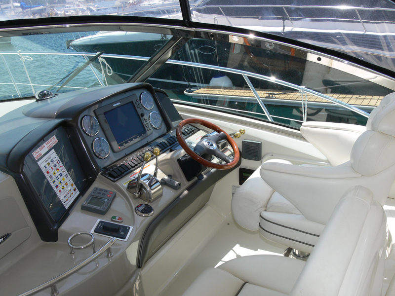 Sea Ray 455, Gandalf
