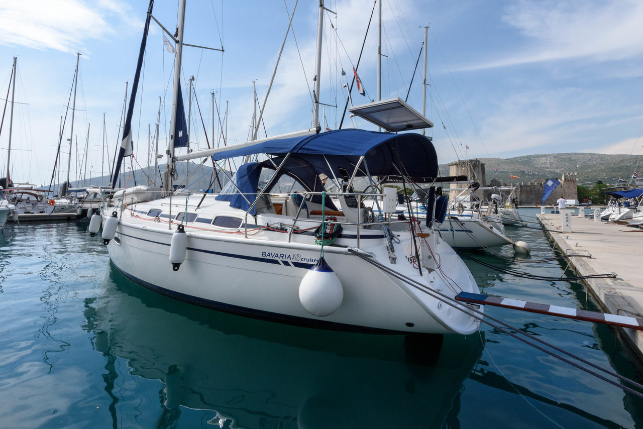 Bavaria 33 Cruiser - Dišpet