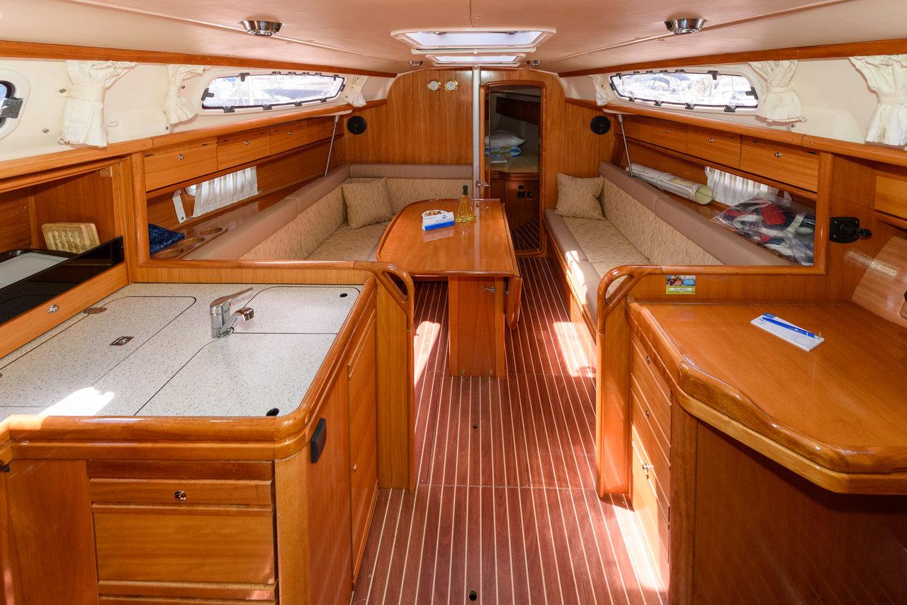 Bavaria 34 Cruiser, Bimbo