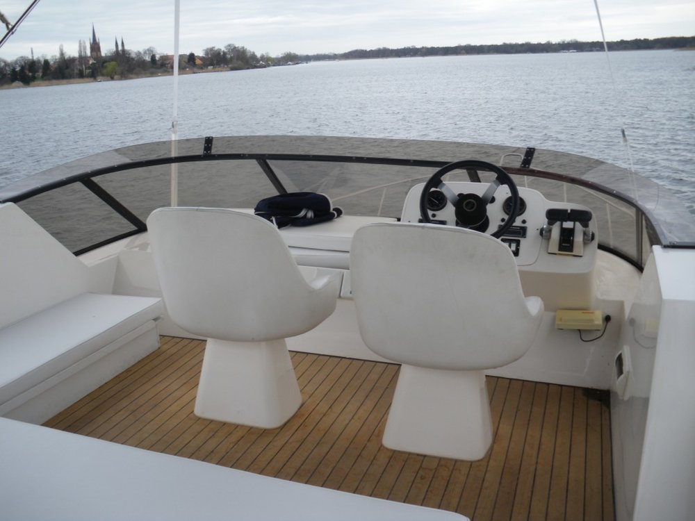 Fairline Phantom 46, Paradise