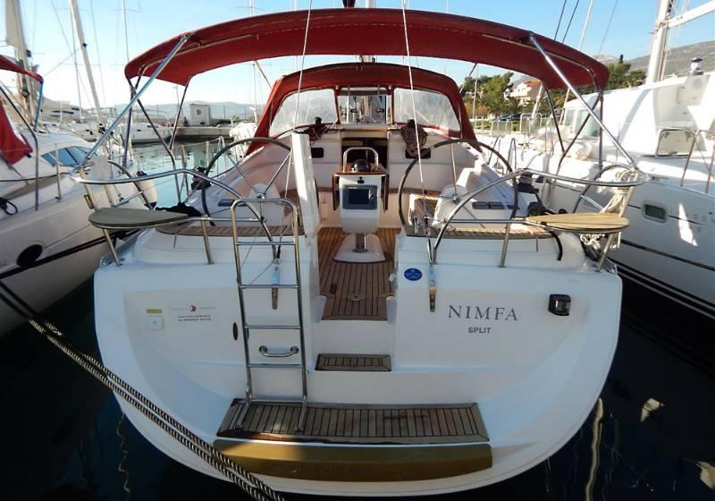 Elan 434 Impression, Nimfa