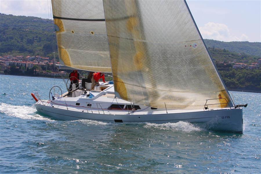 Hanse 430, Lana I