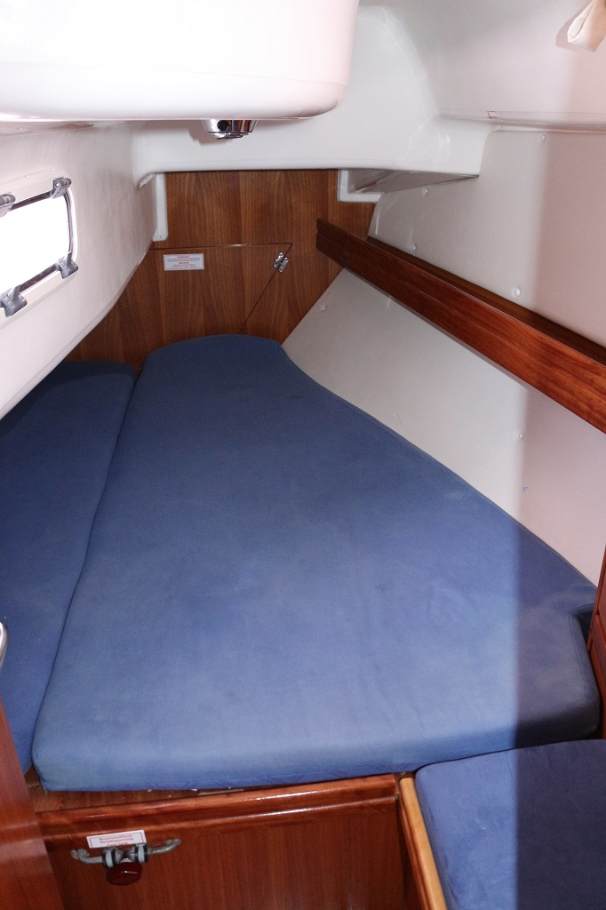 Bavaria 33 Cruiser, Nada