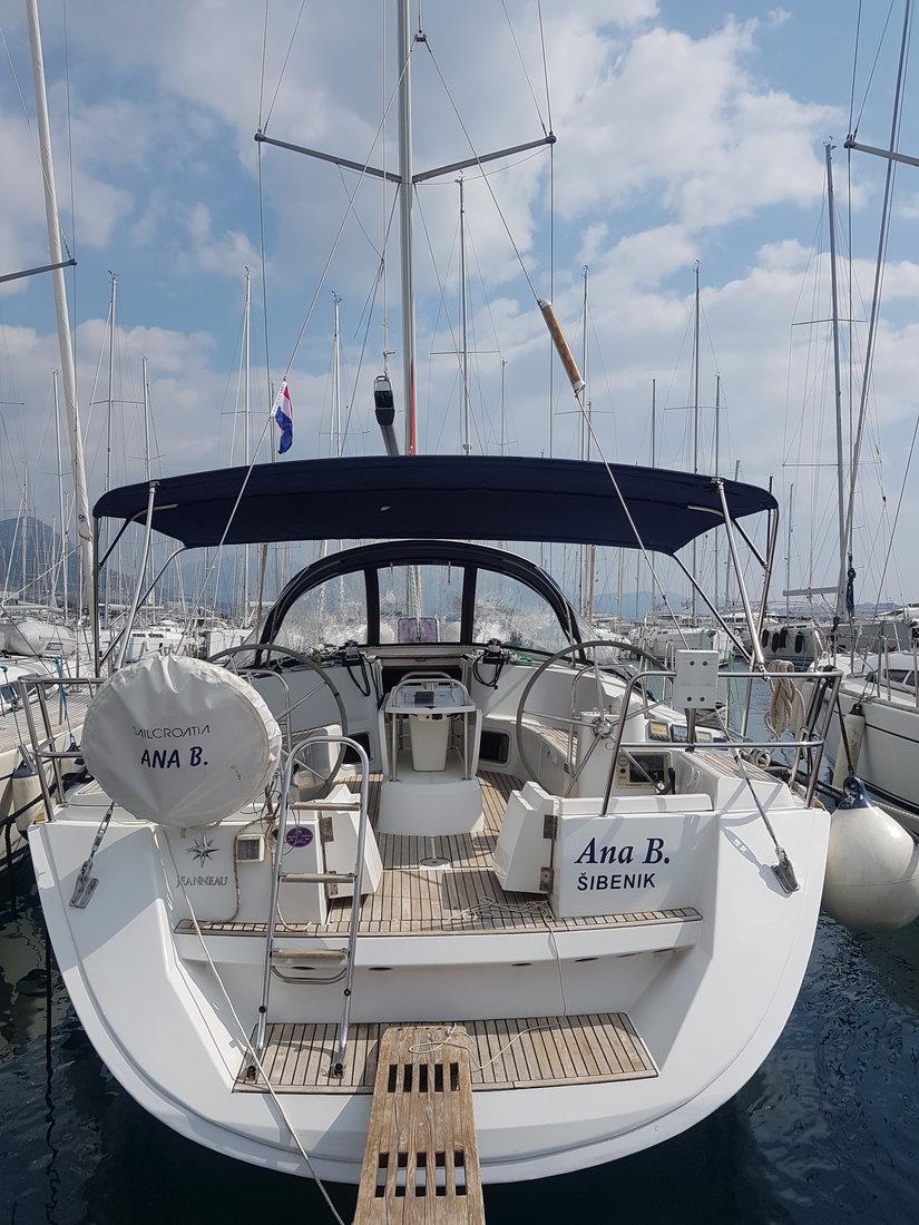 Sun Odyssey 49i - Ana B.