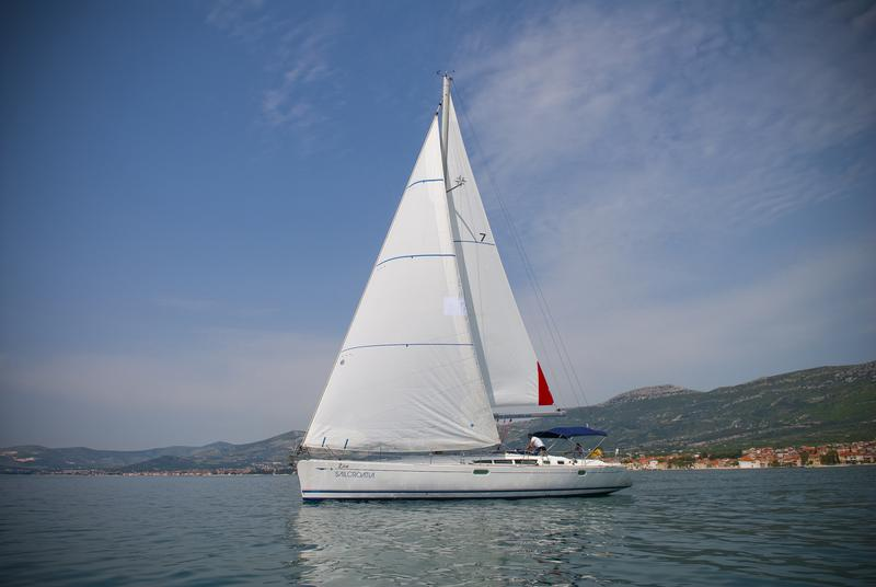 Sun Odyssey 49 - Živa