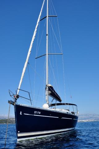 Oceanis Clipper 393 Anita