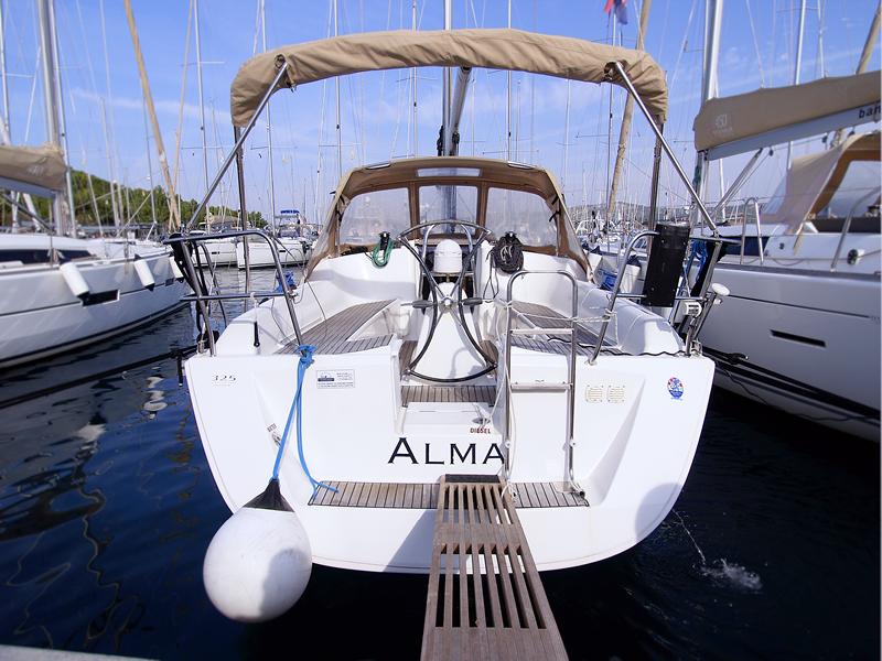 Dufour 325 GL, Alma