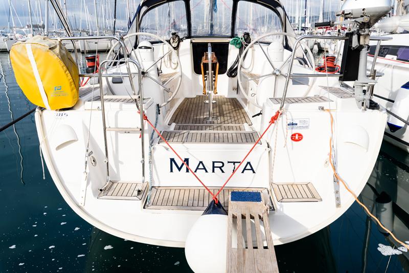 Dufour 385 GL, Marta