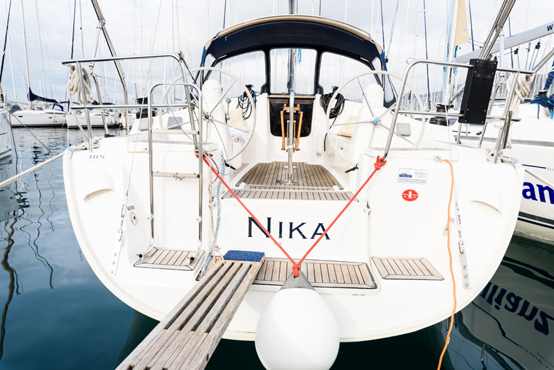 Dufour 385 GL, Nika