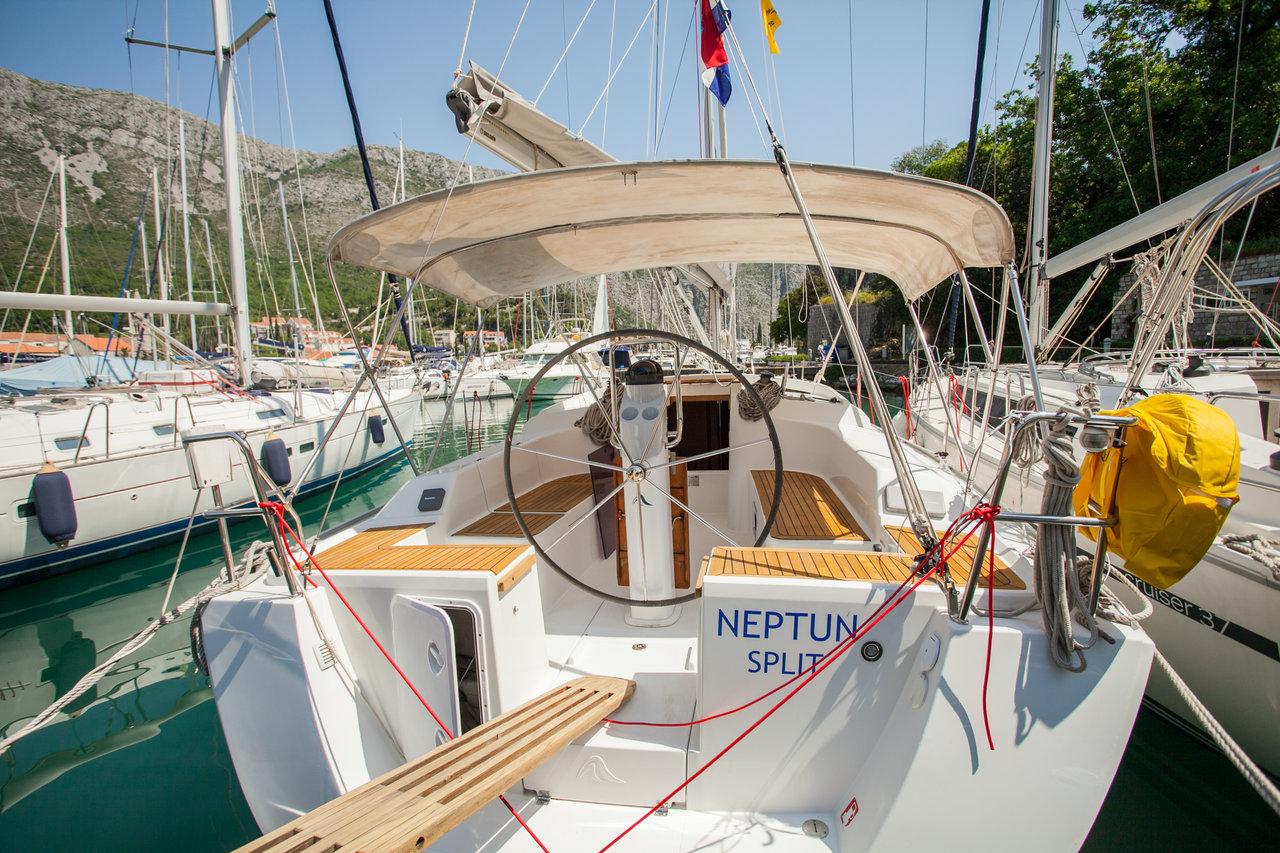 Hanse 355, Neptun