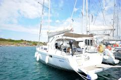Hanse 385 - Multihull Yachting